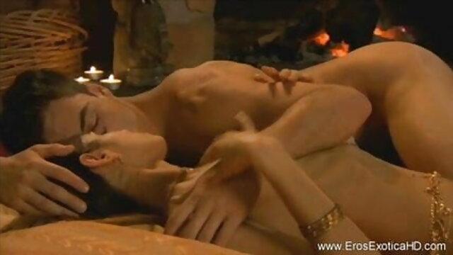 बुलबुला सेक्सी फिल्म वीडियो में फुल हद स्नान