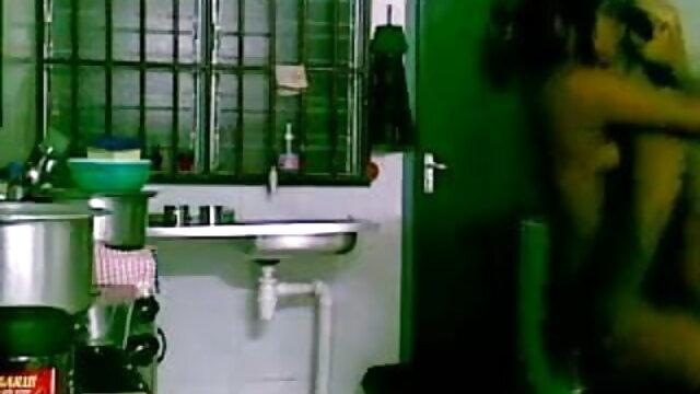 निगल खिला उन्माद के सेक्सी पिक्चर फुल मूवी हिंदी साथ