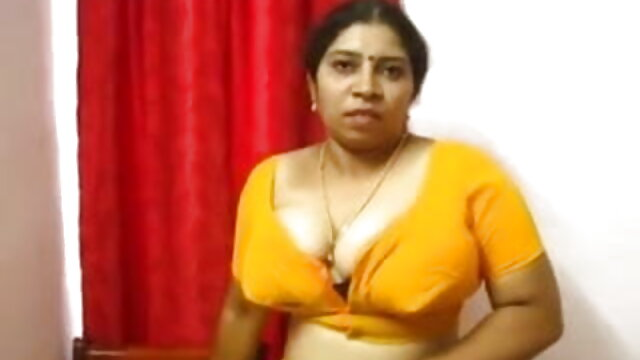 मेरी पत्नी ने योग और संभोग का अभ्यास किया हिंदी सेक्सी मूवी फुल एचडी ।