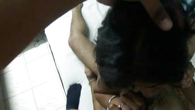 मैं निगल और चूसना एक सेक्सी वीडियो हिंदी फिल्म फुल एचडी भाई मुर्गा सड़क पर